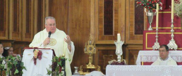 Jesús Sacramentado procesionó por Gibraleón